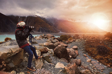 photographer tak a photograph in aoraki - mt.cook national park