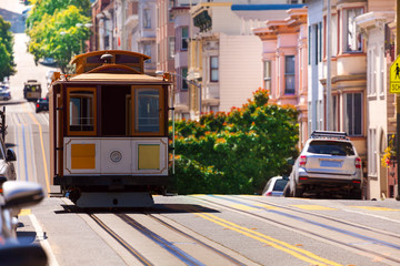 Photo sur Aluminium San Francisco View of Hyde street and San Francisco tram