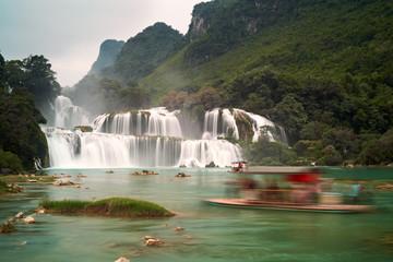 BanGioc waterfall b