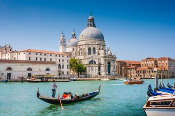 Printed kitchen splashbacks Historical buildings Canal Grande with Basilica di Santa Maria della Salute, Venice, Italy