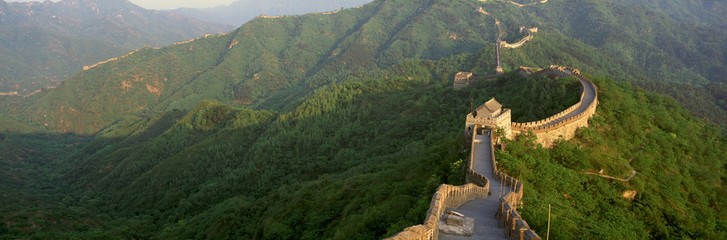 Foto op Canvas Chinese Muur The Great Wall at Mutianyu in Beijing in Hebei Province, People's Republic of China
