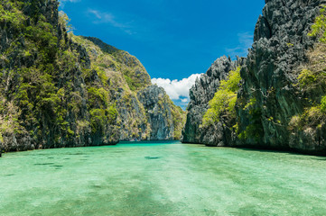 Photo sur Aluminium Plage Seascapes seaviews of El Nido islands during boattrips