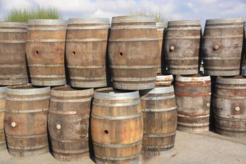 barricas de madera para el vino
