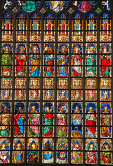Antwerpen, gebrandschilderd glasvenster in de kathedraal van Notre-Dame, België
