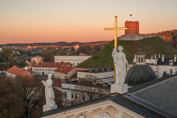 Wall Mural - Vilnius, Lithuania: Sculptures on Roof of Cathedral and Upper Castle