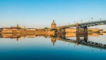 Fotorollo Bridges The Saint-Pierre bridge in Toulouse, France.