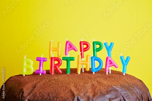 happy birthday auf kuchen appetitlich foto blog f r sie. Black Bedroom Furniture Sets. Home Design Ideas