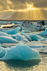 Printed kitchen splashbacks Glaciers Melting of icebergs at Jokulsarlon glacier lagoon at sunset