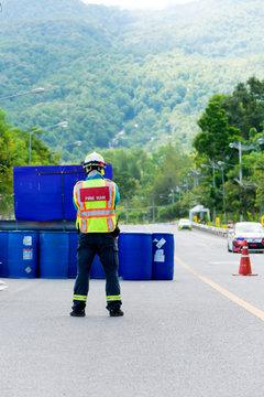 teams rescue standby at car racing