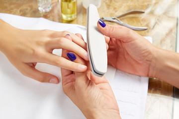 emery polish sandpaper woman nails Salon