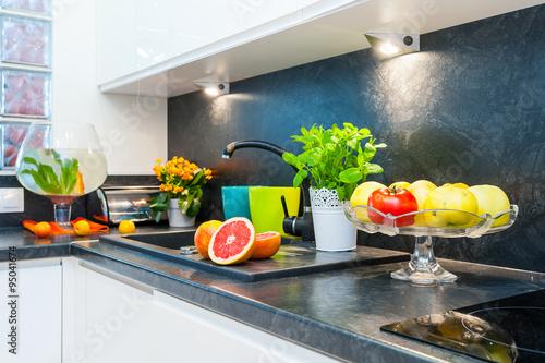 Kuchnia Home Staging Owoce Zdjęć Stockowych I Obrazów