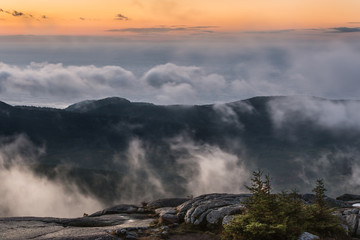 Fototapete - Foggy Sunrise from Mountaintop