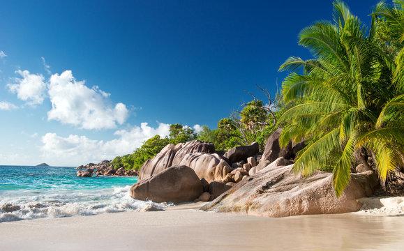 Traumstrand Anse Lazio auf den Seychellen