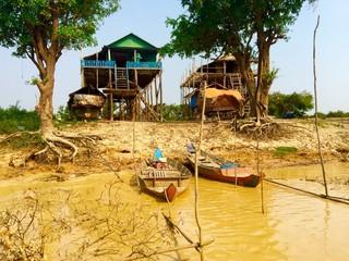 Buildings at Tonle Sap