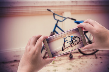 Image of shooting photographs with smartphone, Clipping path