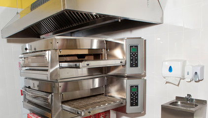 equipment for pizzerias, close-ups of individual pieces of equipment to restaurants and pizzerias