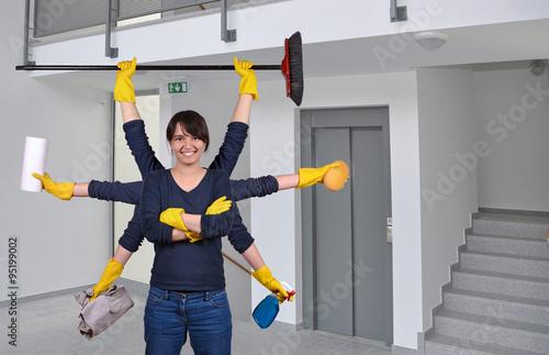 putzfrau beim reinigen stiegenhaus stockfotos und lizenzfreie bilder auf bild. Black Bedroom Furniture Sets. Home Design Ideas
