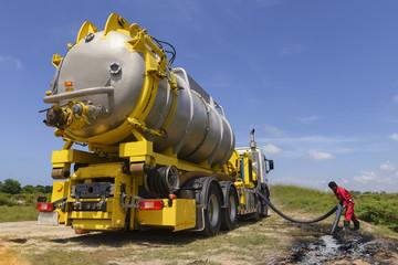 Vacuum truck  for emergency oil spill  refinery oil plant .
