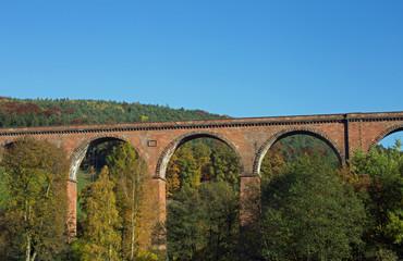 Himbächel Viadukt bei Beerfelden im Odenwald (Hessen, Deutschland)