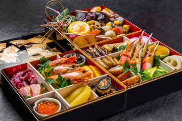 典型的なおせち料理 Japanese food New Year dishes (OSECHI)