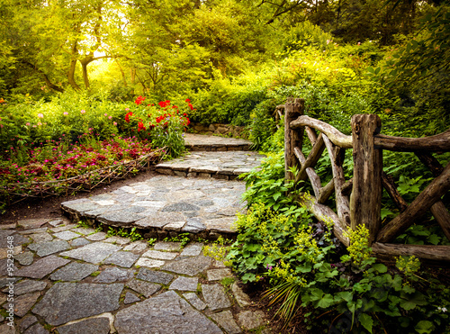 Pathway in the Shakespeare Garden in Central Park New York City ...