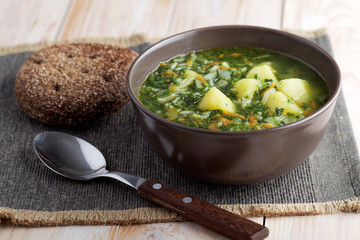 Spinach soup and rye bread