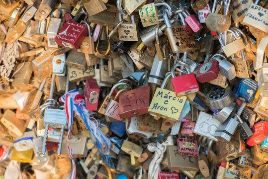 love bridge full of lockers in paris