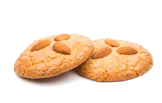 almond cookies with nuts
