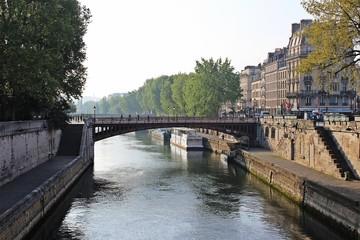 Brücke über der Seine