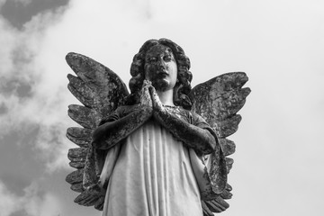 Black and White Image of Angel Praying Statue
