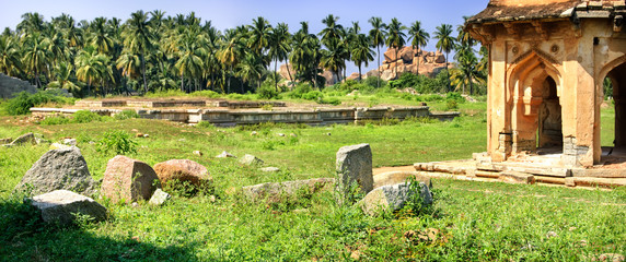 Fototapete - Panorama of Band Tower with ancient ruins in Hampi, Karnataka, India
