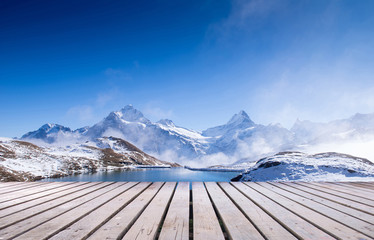 In de dag Reflectie first mountain grindelwald switzerland