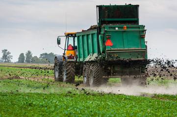 Rolnictwo ekologiczne, rozrzut nawozu