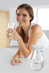 Beauty, Diet Concept. Happy Smiling Woman Drinking Water. Healthy Lifestyle. Drinks
