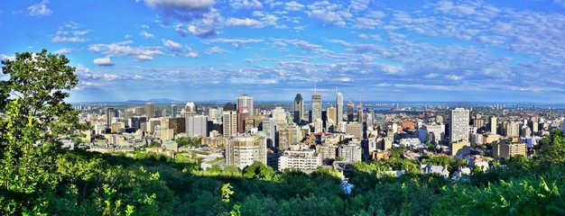 Recess Fitting Canada MONTREAL, CANADA -20 AUGUST 2015- Scenic panorama of the city of Montreal in Quebec from the Chalet du Mont Royal (Mount Royal Chalet) belvedere viewpoint.
