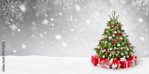 weihnachtsbaum und schnee hintergrund stockfotos und. Black Bedroom Furniture Sets. Home Design Ideas