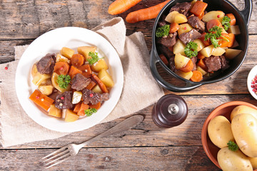 beef cooked with carrot and potato