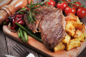 Canvas Prints Beef steak with roasted potato
