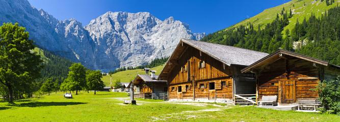 Alm im Großen Ahornboden im Karwendelgebirge Wall mural