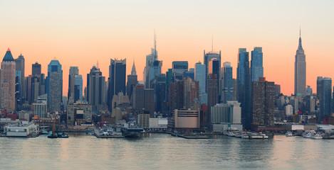 Wall Mural - New York City sunset