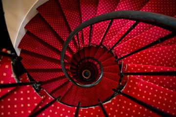 Photo sur Plexiglas Spirale Upside view of a spiral staircase