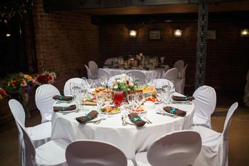 serving. a wedding Banquet. restaurant.