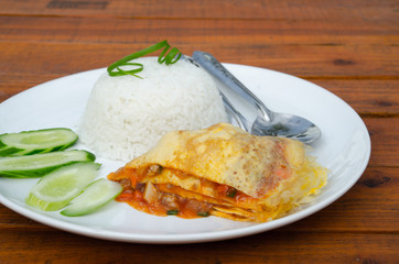 egg omelet with rice