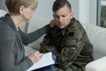 Psychiatrist helping war veteran