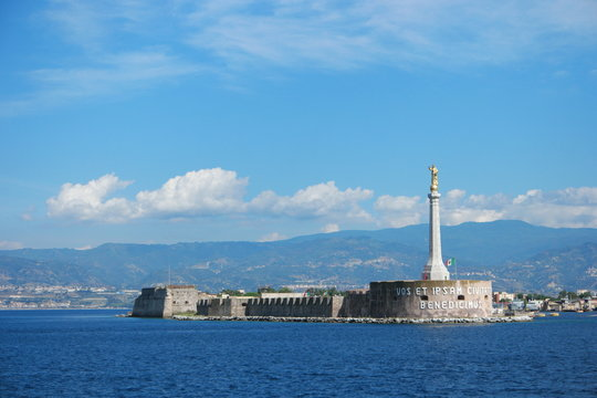 Madonna of the port in messina