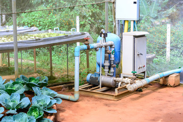 Electric motor water pump for hydroponics plantation system.
