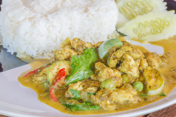 Green Curry With Chicken Recipes. Thai food