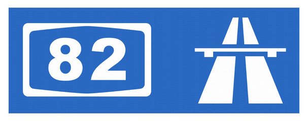 A 82-Symbol mit Reflektierung