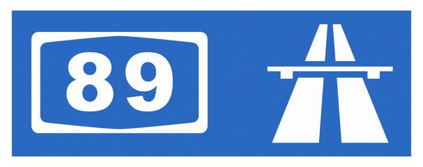 A 89-Symbol mit Reflektierung