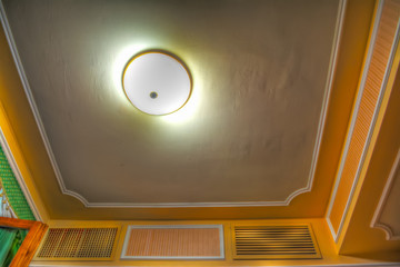 room ceiling in hdr